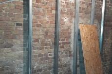 Montaż ścian z płyt regipsowych